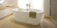 установка сифонов под ванну